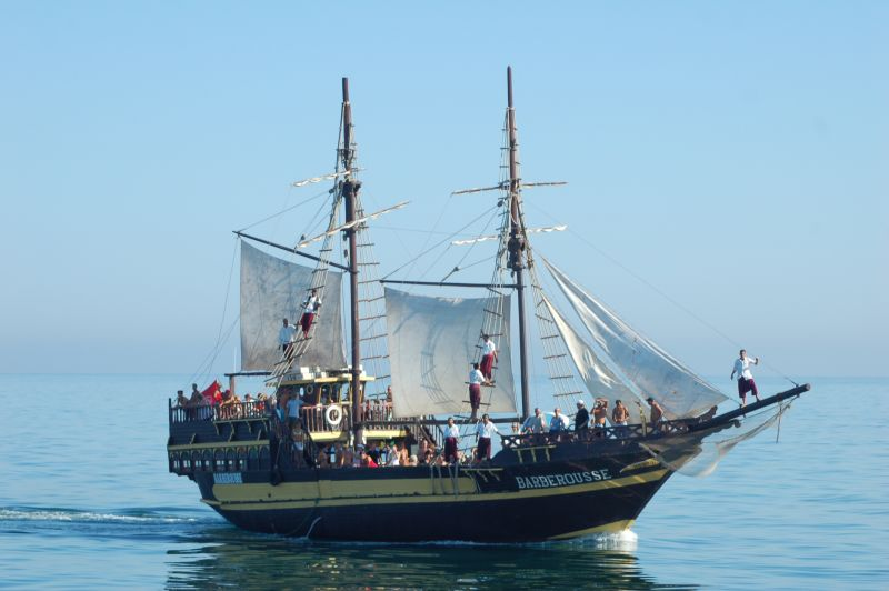 Bateau pirate djerba djerba infos cartes photos - Image bateau pirate ...